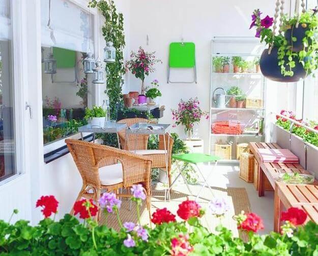 design ideas for small balcony